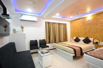 Mumbai - Mahabaleshwar - Mumbai only at 3999 @ Per Person  Call on 9818704762  Trifete Holidays Pvt Ltd.