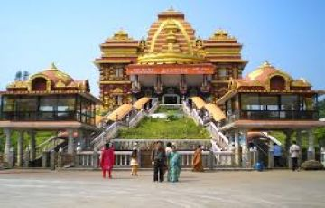 Entire Himachal with Golden temple Tour Package by Cab