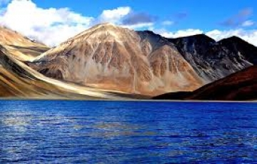 Leh Honeymoon Packages