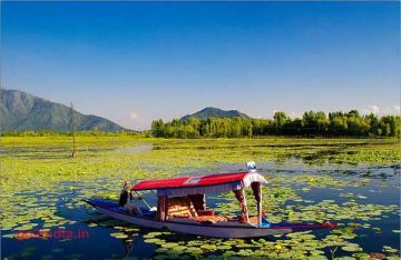 DELIGHTFUL KASHMIR TOUR 2 NIGHTS AND 3 DAYS