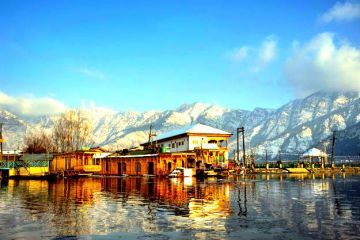 Kashmir  4nights 5 day tour package