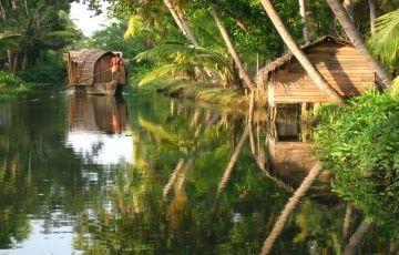 Honeymoon Trip In Kerala (Feel The Scenic Beauty OF Kerala)