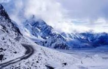 Moonland Drive Ladakh,Manali- 8 nights / 9 days