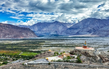 leh ladakh tour packages cost from delhi