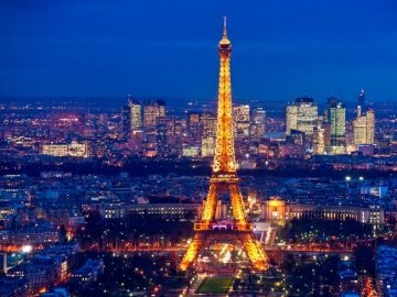 Explore Paris with London Fly-N-Stay