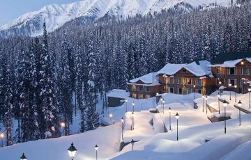Romantic Kashmir Honeymoon Package 6 Nights 7 Days