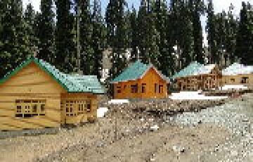Enjoy Summer Vocation  Mountain Peak Srinagar Tour