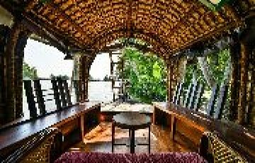 Kerala Backwater Tour Package With Houseboat Stay