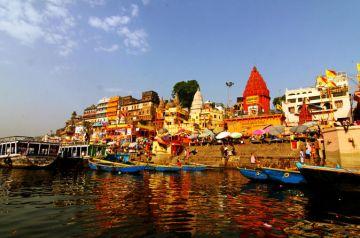 IHC-110 Ganga Saliling tour by Motor Boat